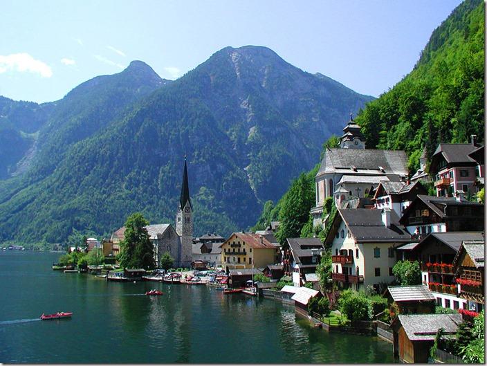 hallstatt-village-austria
