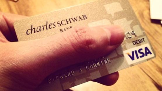 charles-schwab-card1