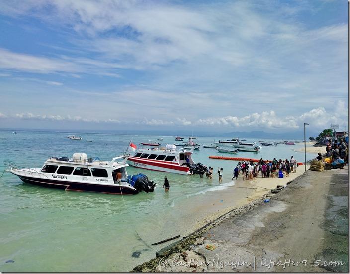 boat to Nusa Lembongan
