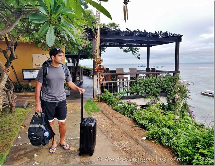 Walking around Nusa Lembongan
