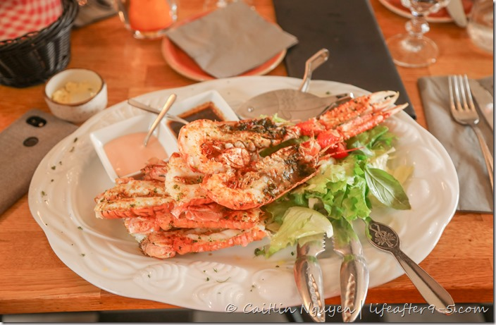 Plate of langoustine at Humarhöfnin restaurant in Hofn