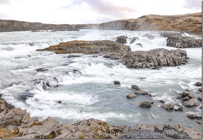 Urriðafoss spanning the Þjórsá river